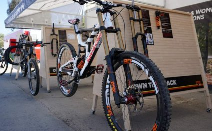 Downhill Mountain Bike Forks