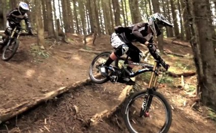 Very nice mountain bike video