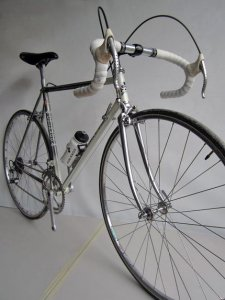Vintage Colnago metal Italian rushing bicycle