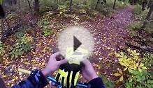 Fox una bomber downhill freeride mountain bike glove on